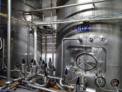 Автоматизированная система управления буферными емкостями осмотической воды - буферные емкости осмотической воды 1