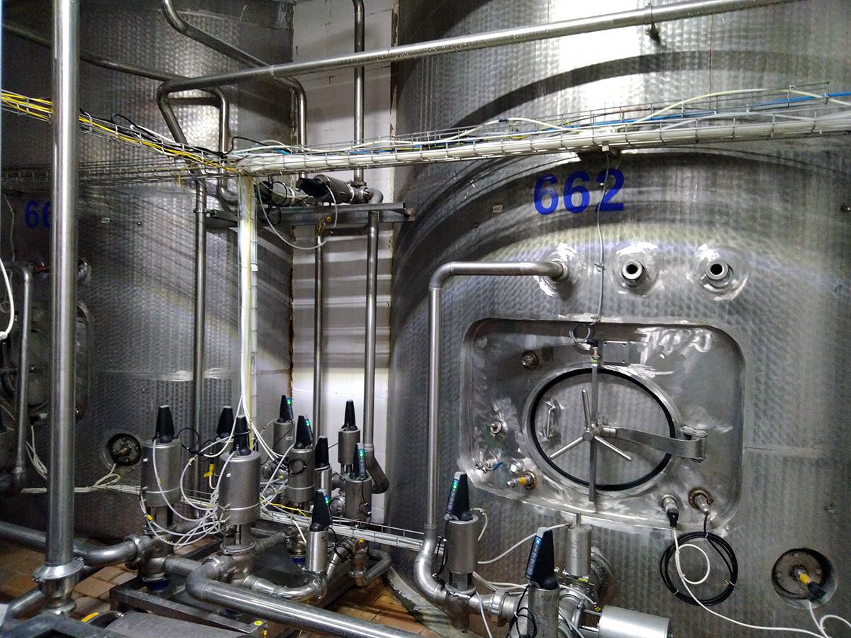 Автоматизированная система управления буферными емкостями осмотической воды - буферные емкости осмотической воды 2