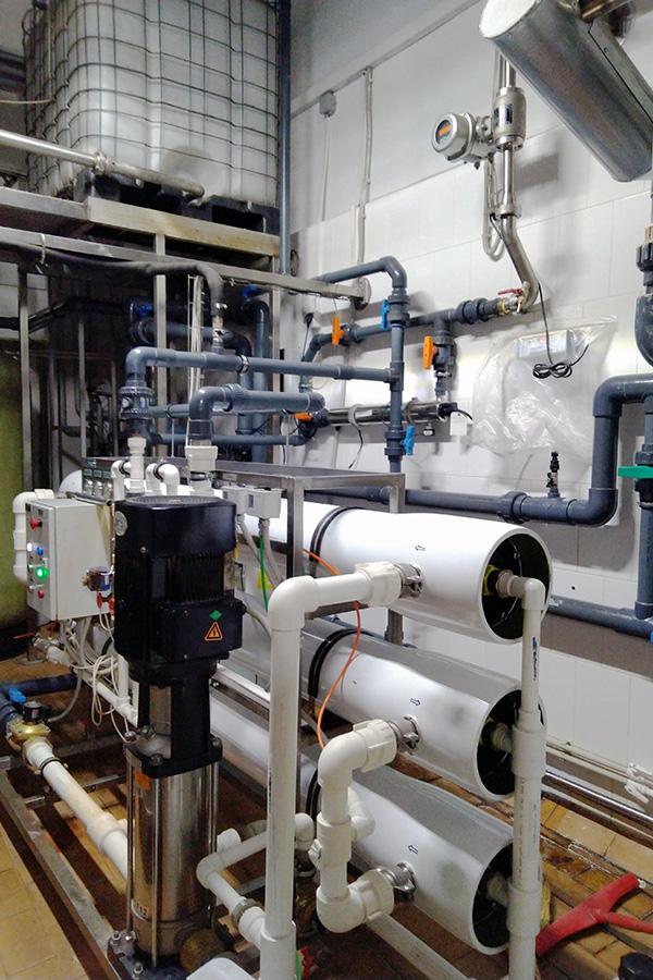 Автоматизированная система управления буферными емкостями осмотической воды - осмотическая установка очистки воды