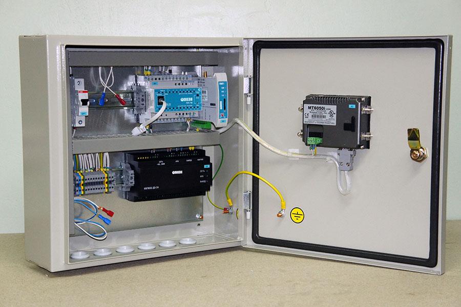 Универсальный щит диспетчеризации дизельной генераторной установки - щит диспетчеризации ДГУ 3